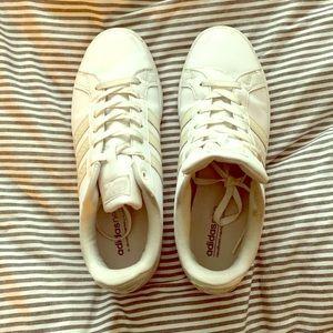 White and chrome superstars